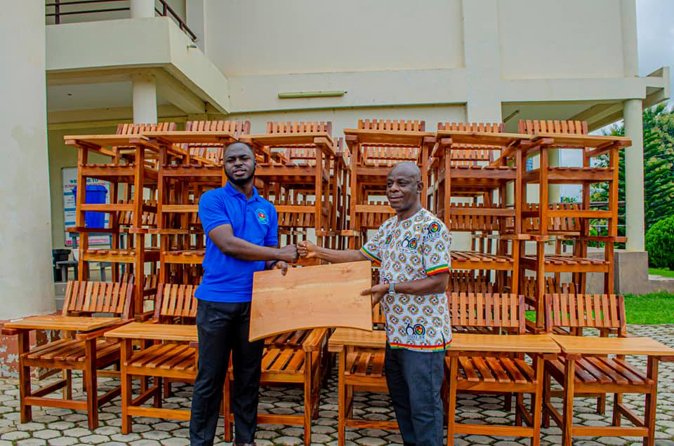 Exclusive: 2019-2021 St Francis College SRC donates Classroom Furniture to College   7