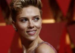 Scarlett Johansson retains world's highest paid actress on Forbes' list