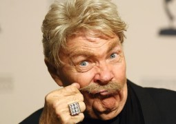 Rip Taylor, legendary comedian, actor dies at 84