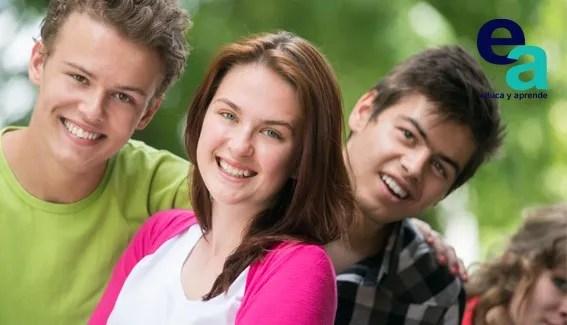 La adolescencia implica muchos cambios a nivel físico, psíquico, social y sexual que conllevan la reafirmación de la identidad y la asunción de nuevos roles.
