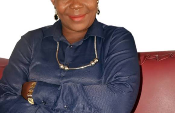 UNILAG VC congratulates Lola Akande for winning 2017 ANA Prize for Prose Fiction