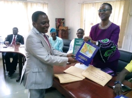 George donates books to YABATECH