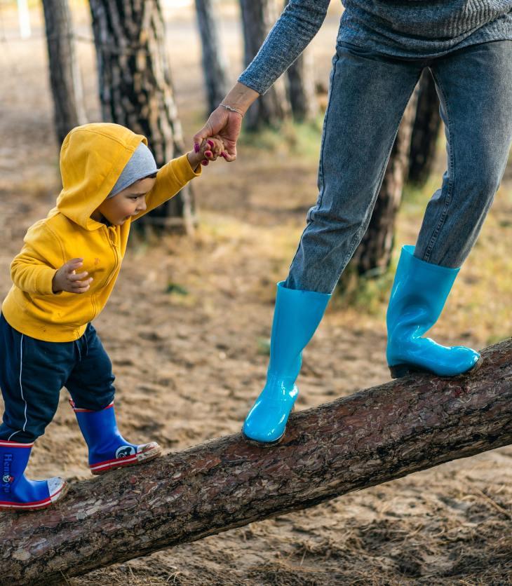 Les comportements parentaux stimulants encouragent l'enfant à sortir de sa zone de confort.