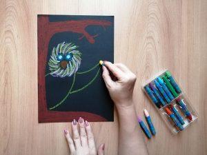 Sowa-praca plastyczna z wykorzystaniem pasteli