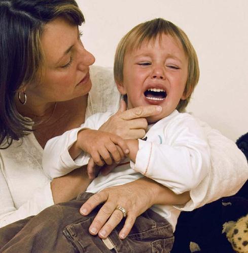 nina enfadado1 Recopilación de entradas sobre rabietas en los niños
