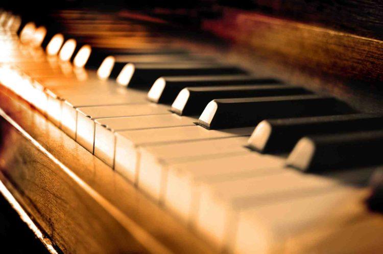 kursus piano edelwis