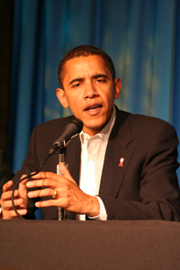 Then Senator Obama speaks to the press conference at the Saddleback AIDS Conference
