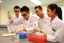 Medical Lab Technology students performing their experiments at Nilai University's lab