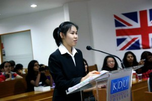 KDU University College offers a 2+1 Law Degree Twinning programme with Oxford Brookes University