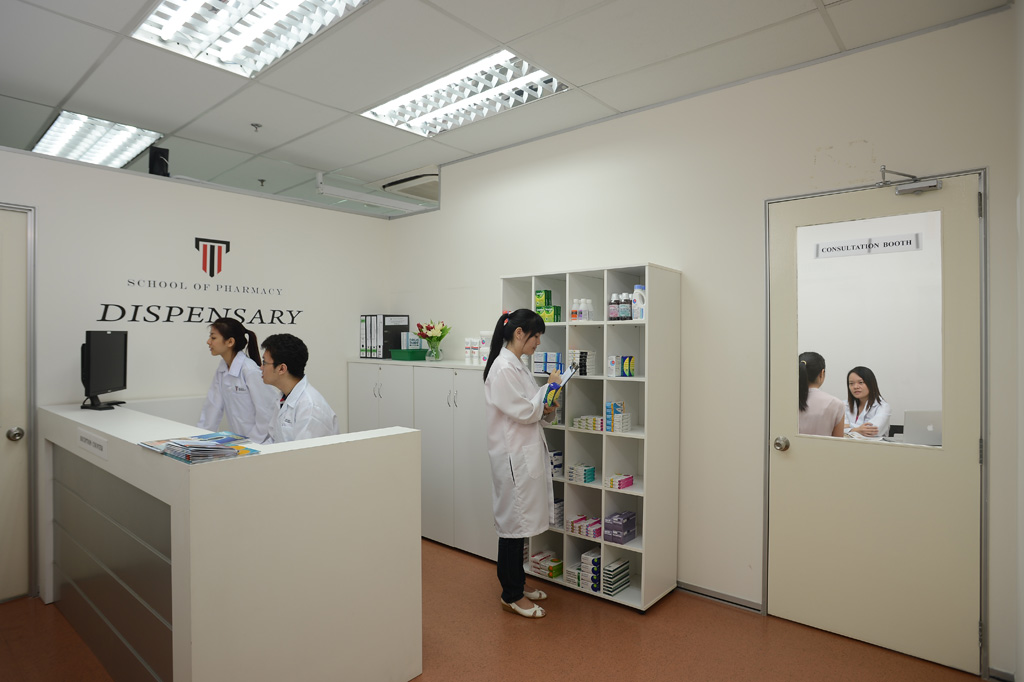 Job Demand, Career & Salary for Pharmacists in Malaysia – Study at a Top Pharmacy School for Better Prospects