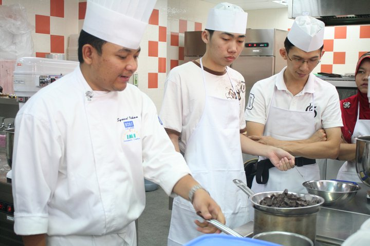 What will Students learn in the Diploma in Culinary Arts Course at 6 Top Private Colleges & Universities in Malaysia