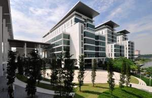 Taylor's University & Taylor's College are strategically located in a modern and well-planned township. Just 30 minutes away from the bustling Kuala Lumpur