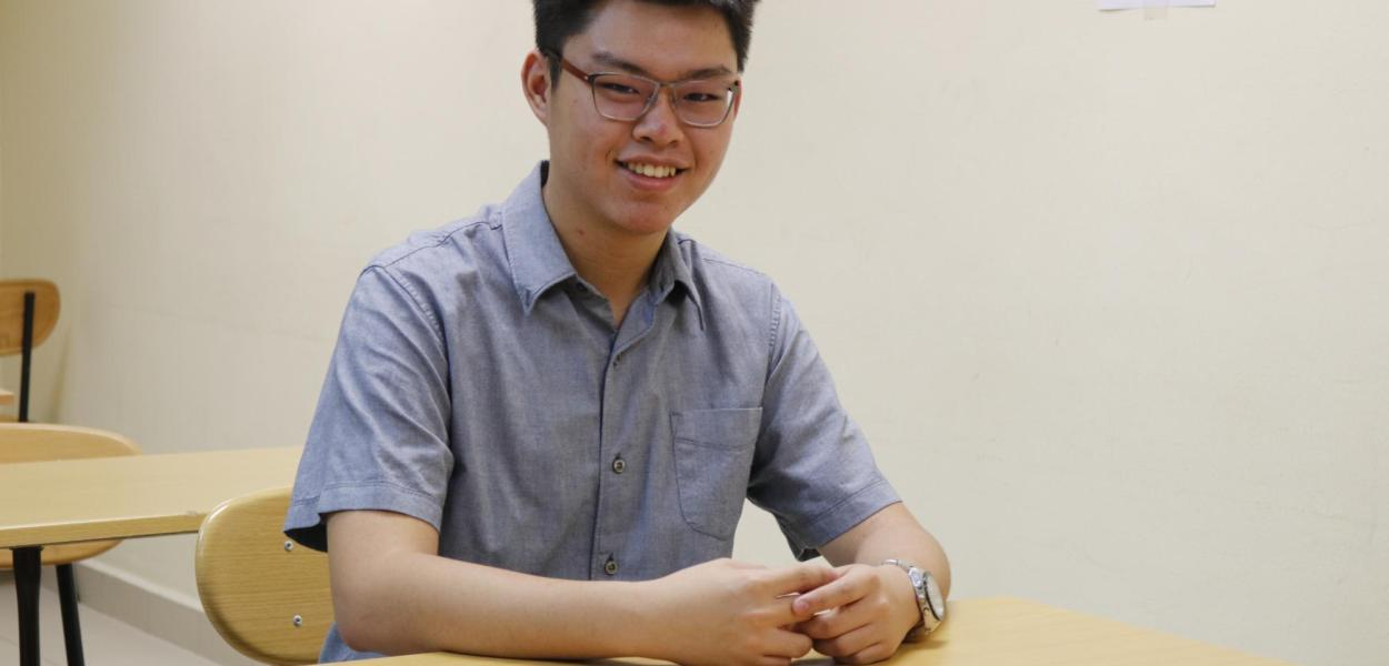 Teh Yu Xuan, A-Level student from KDU Penang University College was recently awarded the 'Top in the World' award for Maths under the Outstanding Cambridge Learner Awards 2018