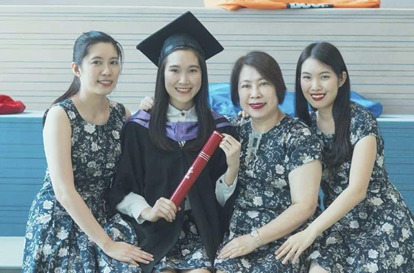 I was not sure of what to study. EduSpiral helped me to choose the right course. Jasmine, Business Information Systems Graduate from Asia Pacific University (APU)