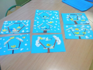 Karmnik dla ptaków z patyczków do lodów Izabela Kowalska Jesień Kreatywnie z dzieckiem Międzynarodowy Dzień Ptaków Prace plastyczne (Dzień Zwierząt) Światowy Dzień Śniegu Światowy Dzień Zwierząt Wiosna Zima Zwierzęta