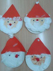 Mikołaje z papierowych talerzyków Marlena Wrońska Mikołajki Prace plastyczne Prace plastyczne (Boże Narodzenie) Prace plastyczne (Mikołajki) Święta Zima (Prace plastyczne)