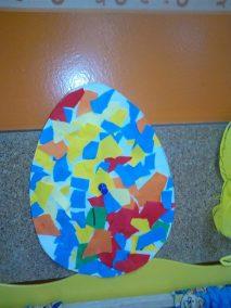 Pisanki i kurczaczki z piórek Kreatywnie z dzieckiem Monika Okoń Prace plastyczne Prace plastyczne Światowy Dzień Zwierząt Wielkanoc Zwierzęta