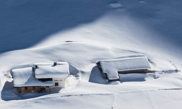 Domki w zimowej szacie