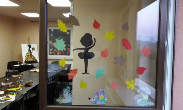 Jesienna dekoracja okien