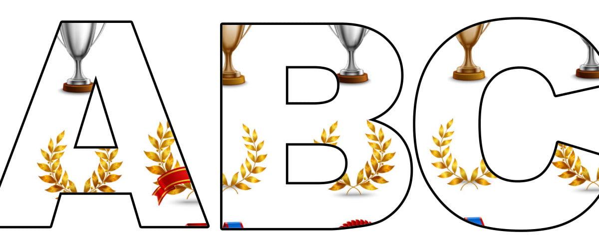 Trofea: litery duże