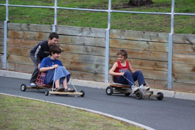 Push cart racing