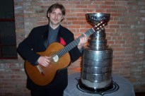 """Playing a """"G"""" Chord with the Cup!"""