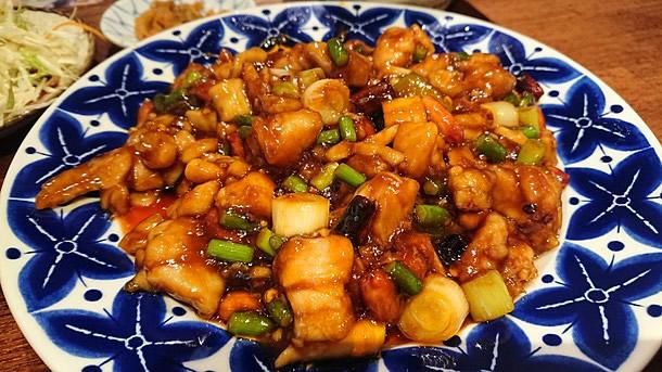 鶏肉とピーナッツの豆板醤炒め