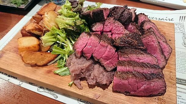 源兵衛塊肉ステーキ