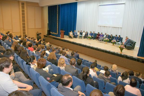 В АО «KEGOC» чествовали победителей традиционного конкурса трудовых династии