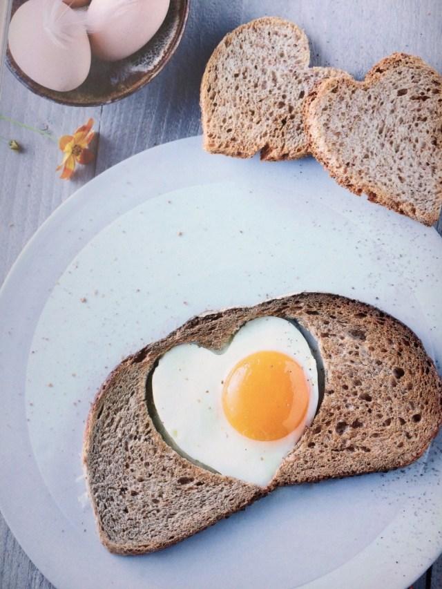 Ik kook gezond voor mijn kind - Brood met spiegelei - prof. Kristel De Vogelaere / www.eenlepeltjelekkers.be