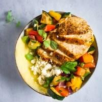 Griekse kip met geroosterde groenten en skordalia