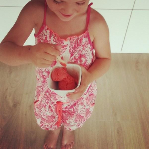 aardbeien sorbetijs