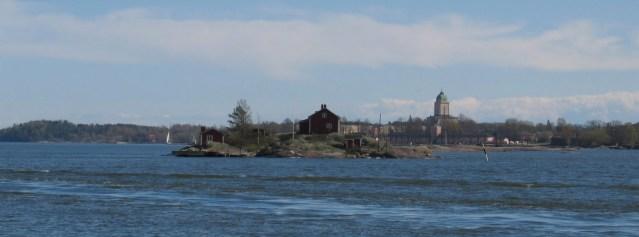 Helsingi kesklinna naabruses müüakse väikest saart