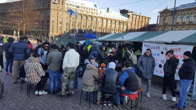 7 lapsega iraagi pere tahetakse Soomest välja saata – Loviisas meeleavaldus