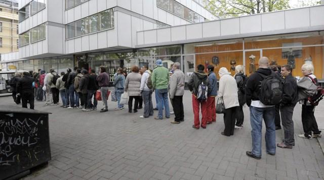 Soome heaoluühiskond mureneb, kümned tuhanded seisavad leivasabas