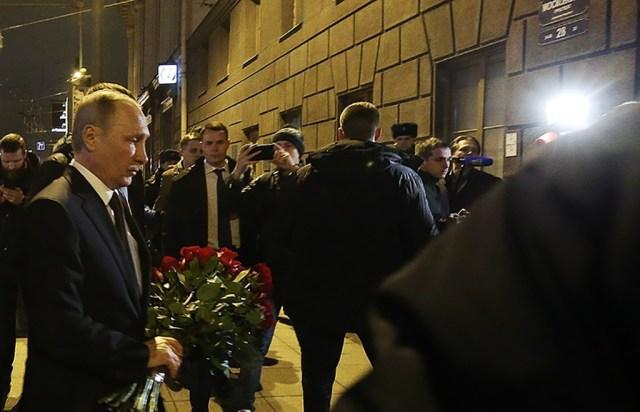 Võimud: Peterburi pommi pani plahvatama enesetaputerrorist