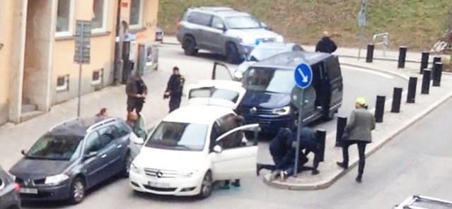 Politsei võttis kinni kolm meest ja ühe naise
