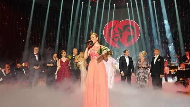 Soome tangokuningannaks krooniti Aino Niemi
