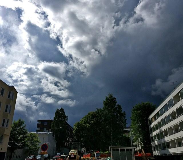 Soomes muutub ilm äikseliseks, teisipäeval müristab mitmel pool