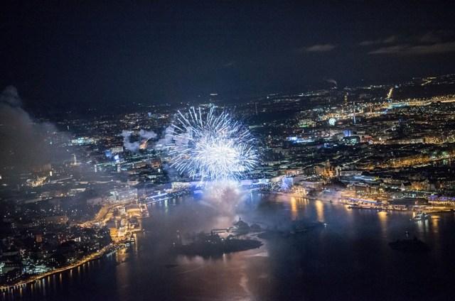 Soome 100. aastapäeva pidustused lõppesid suure ilutulestikuga Helsingis