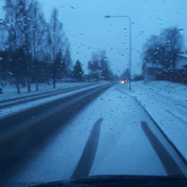 Ettevaatust, autojuhid: Soomes eriti rasked sõiduolud