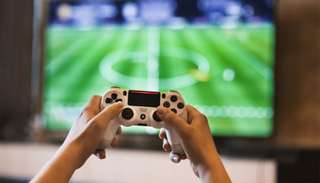 5 tapaa tienata online-pelaamisella