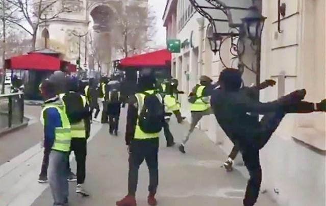 Kas Pariisi mäsu taga on vene noored?