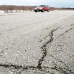 Soome autojuhte hoiatatakse: asfaldis on praod