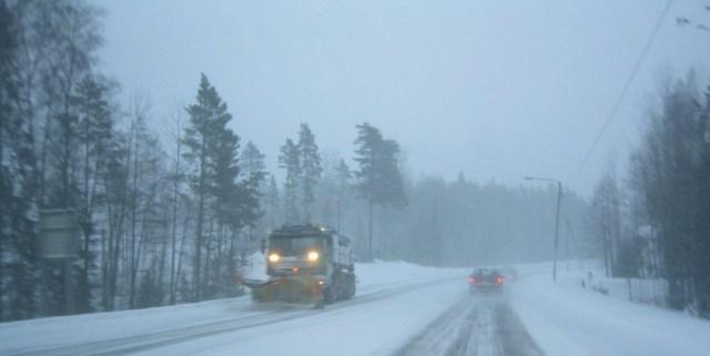 Järgmisel nädalal jõuab Soome suur lumesadu, võib tulla 15 sentimeetrit lund