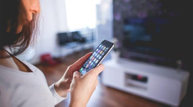 Ootamatu turvarisk: häkkerid on saanud juurdepääsu telefonide SIM-kaartidele