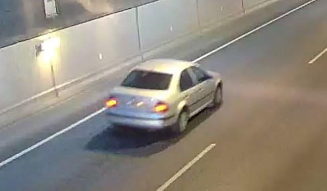 Kas tead selle auto juhti? Politsei  otsib taga Porvoo politseitulistajate põgenemise pealtnägijaid