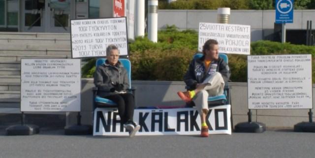 Soome abielupaar lõpetas Tamperes näljastreigi – tervis ei pidanud vastu
