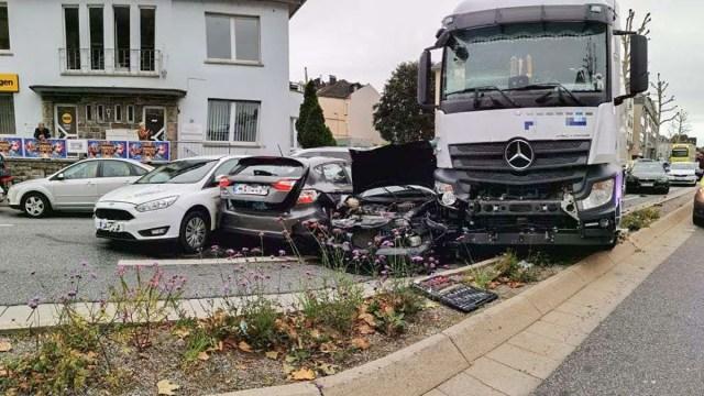 KUUM: Saksamaa politsei uurib esmaspäevast traagilist autoõnnetust kui terrorirünnakut