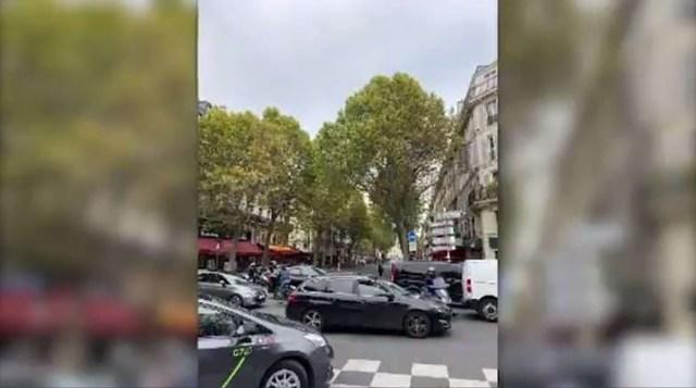 KUUM: Noaga varustatud Pariisi politseitöötaja tappis neli kolleegi, lasti ka ise maha